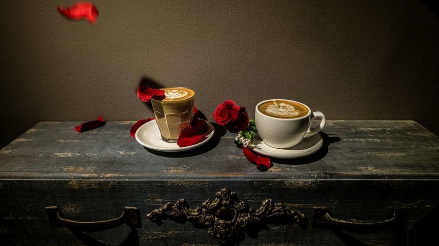 Petals & Coffee Cafe Coffee Latte Latte Art Petal Retro Roses Wooden