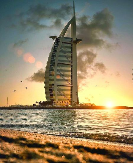 Cinema In Your Life Dubai Sadoc Vazkez Photo Sunset #sun #clouds #skylovers #sky #nature #beautifulinnature #naturalbeauty #photography #landscape Love First Eyeem Photo