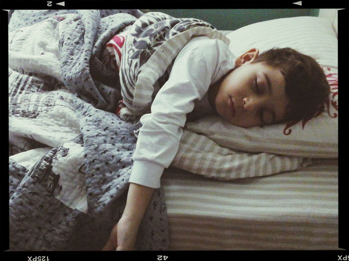 Melek gibi uyuyan küçük kardeşim♡