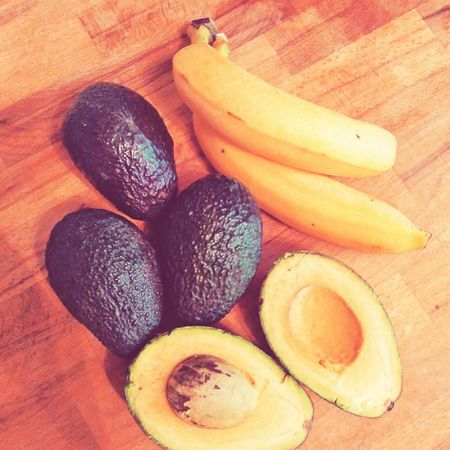 Smoothie and ice cream ingredients, bananas and avocados. Smoothie Smoothie Time  Smoothie Ingredients Ice Cream Bananas Banana Banana Smoothie Avocado Avocados Avocado Smoothie Healthy Food Healthy Healthy Lifestyle Healthyliving Freshness Fruit Fruits Healthy Diet Healthy Drinks
