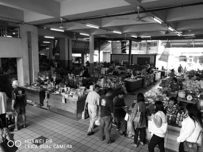 Central Market Sibutown Crowd