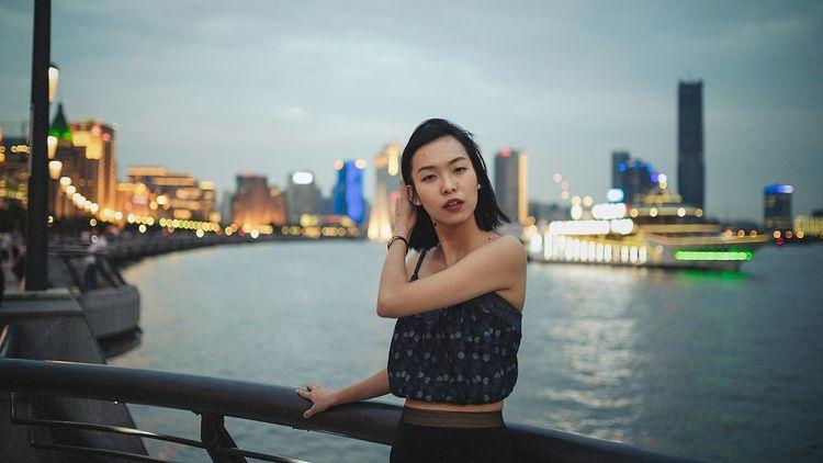 BABYGHOST Getting Inspired Taking Photos Shanghai The Bund Enjoying Life Streetphotography 35mm Portrait Nikon