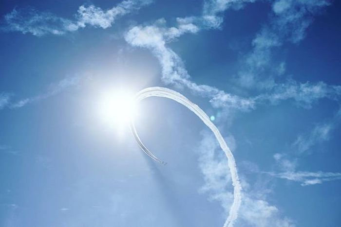 今日は図書館で一日勉強。 昨日の新田原基地 航空祭の予行演習の様子です✈ 僕は学校で行けなかったので父に撮ってきてもらいました📷 ブルー 見たかった😢😢 航空祭 青空 ブルーインパルス ひこうき雲 !? 代理 Japan Miyazaki Nyutabaruairbase Jsdf Airplane Blueimpulse Cool Bluesky Sun Saturday 宮崎 飛行機 かっこいい 行きたかった まぶしい 航空自衛隊 図書館 雨 写真撮ってる人と繋がりたい f4f jhp team_jp