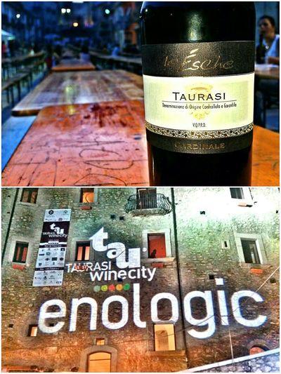 Taurasi è un vino buono e non trovo un motivo di non accettare le cose buone. -Taurasi хорошее вино и повода отказываться от хорошего не вижу.Taurasi Fiera Enologica Vino Rosso красное вино вино -