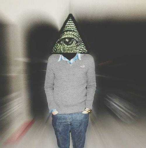 Iluminati  ahhhh YOLO ✌ Nomoney