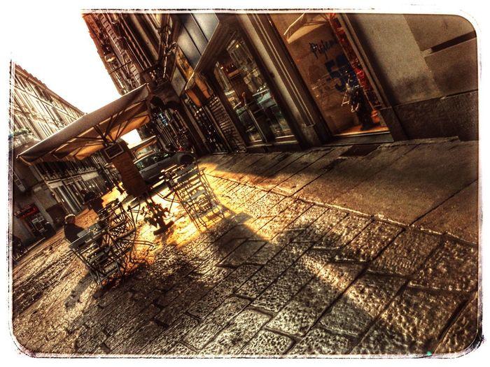Via Garibaldi, la via dello shopping torinese Shopping Time Turin Viagaribaldi Smstorino Sunlight Architecture Sky Built Structure Building Exterior EyeEmNewHere #urbanana: The Urban Playground