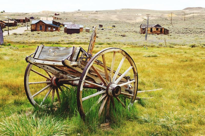 Bodie ghost mining USA Landmark Landscape USA USA Photos Bodie Bodie Ghost Town Bodie State Historic Park Mine Mining Abandoned Abandoned Places Abandoned America California Gold View Decay Wheel Horse Cart Wagon Wheel Old-fashioned Land Vehicle Field Grass Sky Carriage Agricultural Equipment Obsolete Bad Condition Deterioration Damaged