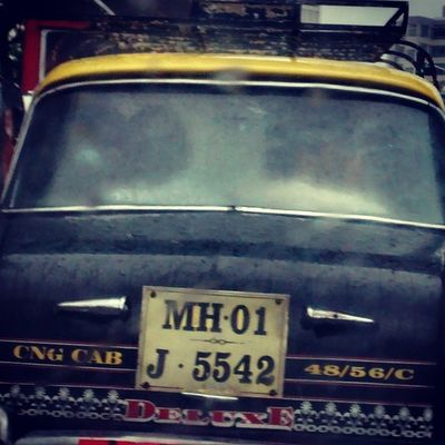 Now this is what Mumbai rains do with couples.... The love and senses just multiply and this is what you see on the roads of Mumbaimerijaan Well I must say the Yellowcab is to huge to accommodate 2 couples getting too cozy..... ;) MumbaiDiaries Mumbaikars_repost Bandra rains instagood weather loveit bombaybest bombayflare carinstagram ColoursOfMumbai cityofdreams MotoG photography fotoworlds features4all lifeinmumbai love basicneeds lovebirds magicmoments