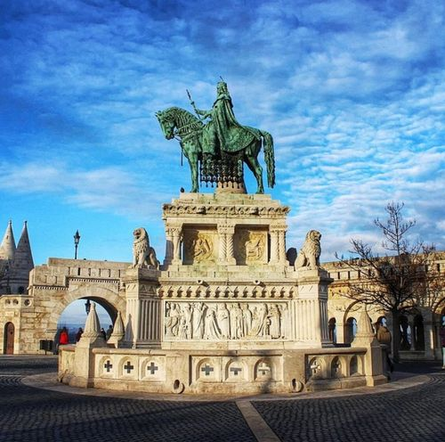 Saint Istvan Statue, Budapest Wanderlust Traveling Hello World Travel Photography EyeEm Best Shots Bestoftheday Throwback Travel Europe Cityscapes