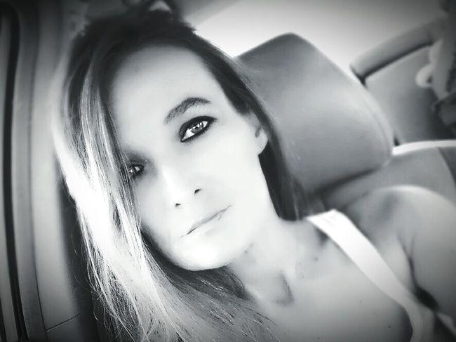 Beauty Looking At Camera Portrait Beautiful Woman Beautiful People Close-up Selfie Blonde Model Headshot Seductive Hot_shotz Let Your Hair Down Bedroomeyes Sexiness Hotties Long Hair Beautiful People Looking At Camera Sexytomboy Black Background Self Portrait Badgirl♡ Eyeemphoto