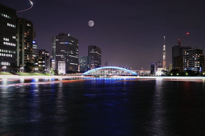 Bridge Nightview Nightscape Nightphotography Illuminated Tokyo Japan Water Landscape Reflection Tokyoskytree Skytree Sumidariver River Moon Illuminated Bridge