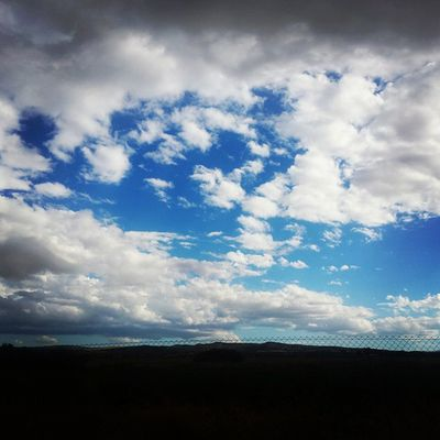 Contraste de azules Cielo Nobles Granada Armilla