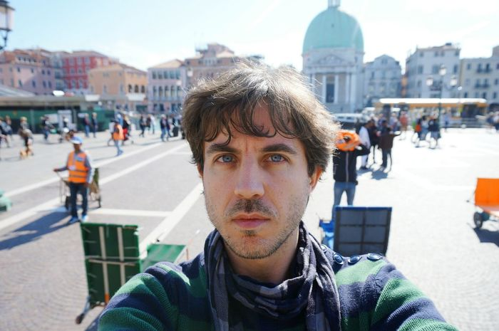 Incidental People Headshot Young Adult Day Portrait Front View Real People One Person Only Men One Man Only Leisure Activity Adult Young Men Men Adults Only Close-up Lifestyles The Portraitist - 2017 EyeEm Awards The Street Photographer - 2017 EyeEm Awards BYOPaper! Venezia Italia Venecia One Young Man Only City People The Portraitist - 2017 EyeEm Awards