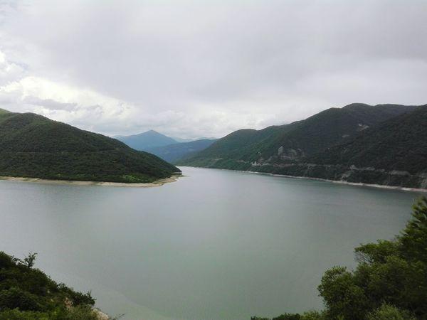 Mountain Landscape Beautiful ♥ Mobilephotography Sunnyday☀️ Green Color Hallo Freedomlife Sunny☀ Beautiful Day Mountains Freedom Nice View Once Upon A Time Jinvali Ananuri