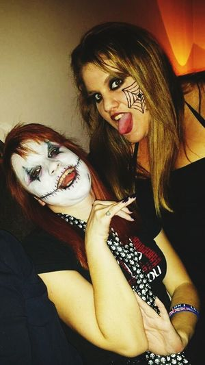 Halloweenparty Creepy Mood Creepy Faces 👻💀 That's Me Hanging Out Taking Photos Enjoying Life With Friends Feeling Good Pretty♡ Damn it guuurl we look so pretty awesome! Fuck this shit.. 3 months ago! Miss that day! ??❤?