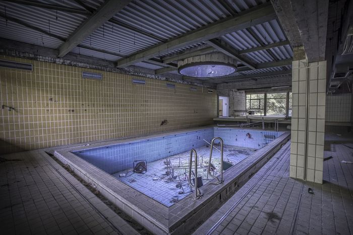 Gifhorn Lost Place Abandoned Absence Indoors  Pool Swimming Pool Urbex