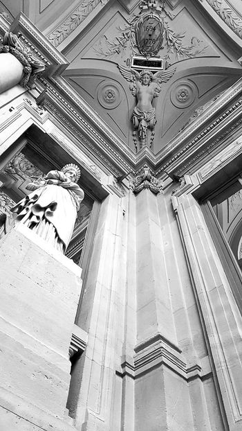 France Paris, France  Paris B&w Photo B&w Photography B&W Portrait B&w Black & White Black And White Blackandwhite Theatre Theater Show Love Life Art Recital Happy Geometry Perspective