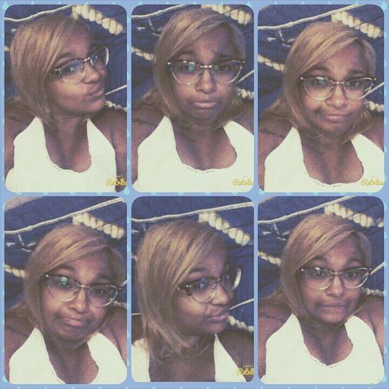Caras e bocas ?☺??? Selfie Boring Day Natural Girl Sad & Lonely Make Faces
