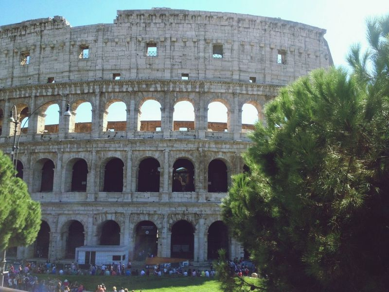 Hello World Rome Italy Colosseum Bella Italia Hollydays Beauty