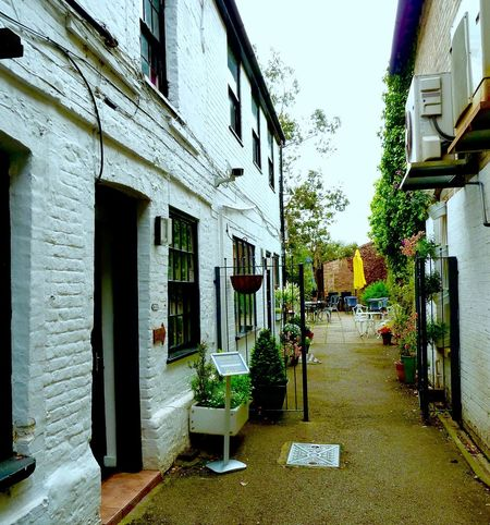 Local Independent Shop Leighton Buzzard Coffee Shop Narrow Street Courtyard  Tables And Chairs Shop Hidden Gems