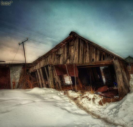 Abandoned HDR Beauty Of Decay Partnersingrime Filthyfeeds Royal Snapping Artists Sfx_urbex