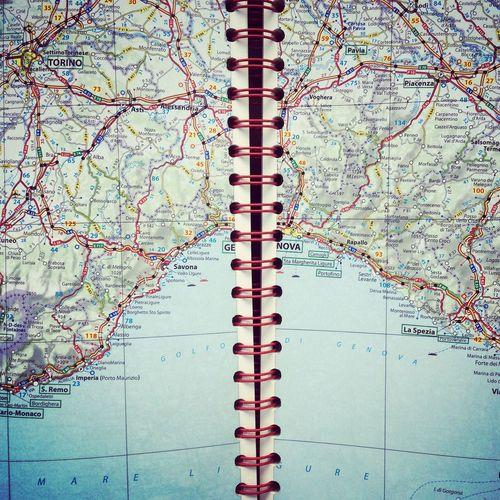 Hello World Traveling Travel Van Relaxing Enjoying Life Map