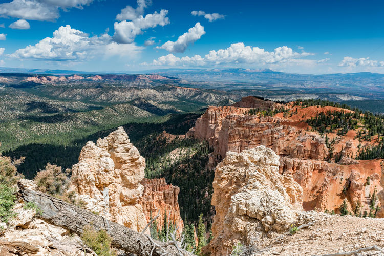 Scenic view of rocky mountains in bryce canyon national park against sky
