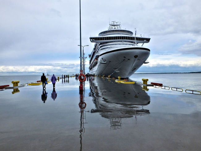 Cloudy Cruise Ship Horizon Over Water Nature Overcast Pole Scenics Sea Sky Tourism Tranquility Water Water Reflections