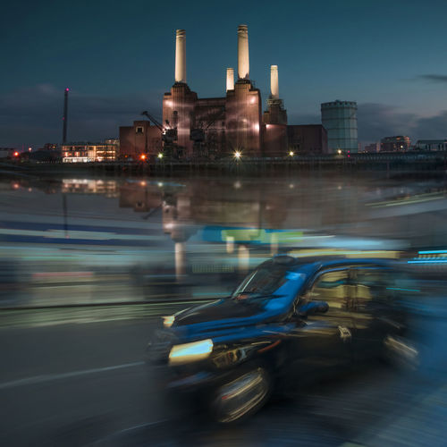 Another London moment Batterseapowerstation Powerstation London Iconic Landmarkbuildings Landmark Streetphotography Doubleexposure Blackcab Taxi