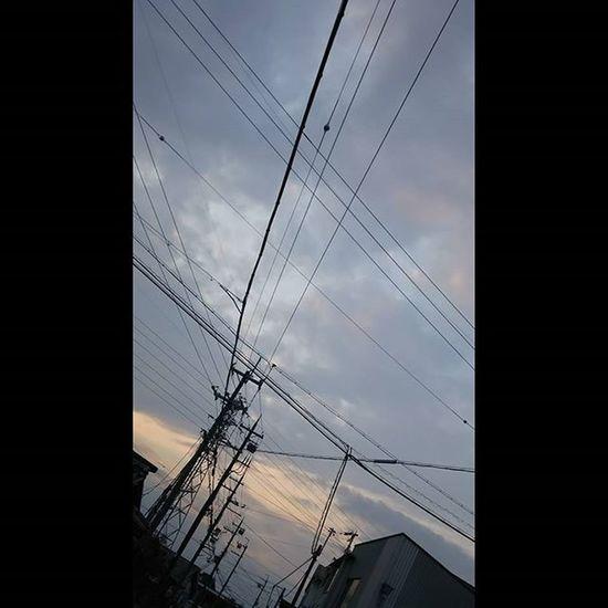 幸せてなんでしょね? 今日もおつかれさまです。 空 Sky イマソラ Team_jp_ Japan Instagood 景色 Scenery 自然 Nature Icu_japan Ig_japan Jp_gallery Japan_focus Sunset Sunsets Sunsetlovers Skylovers Rebel_sky WORLD_BESTSKY Sun_sky_world Love_all_sky Total_sky Myskynow Sky_central ptk_skysky_capturesjj_skylove