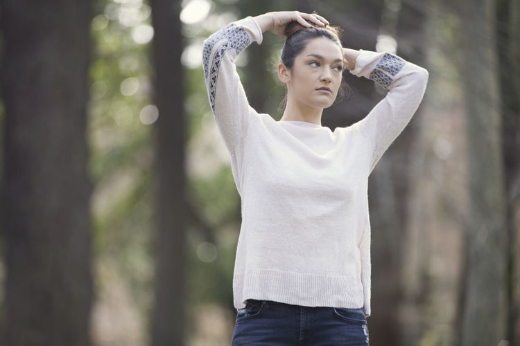 Woman Woman Portrait Native Native American Indian Hair Bun Sweater Fall Style Vintage Fashion Fashion Nature Trees Forest