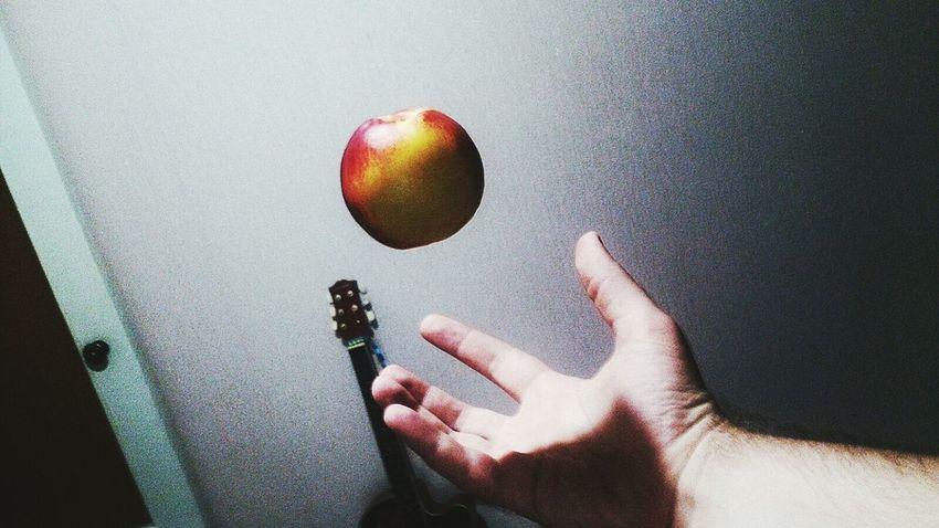 A bit of magic 😊 Apple Captured Moment Taking Photos Hand Magic яблоко момент Фото момента