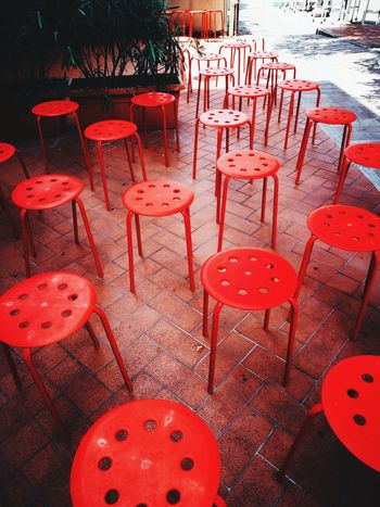 Sgabello Sedie Chair Red Arrangement No People Table Outdoors Day Large Group Of Objects Nature