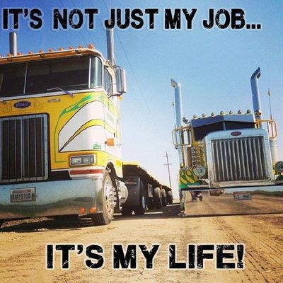 Good morning. Happy veterans day Truckinglife Truckerslife Lifeontheroad Truckersjourney roadlife mypic life love work hammerdown igaddict bigrig 2013 picoftheday roadtrip braziliantrucker
