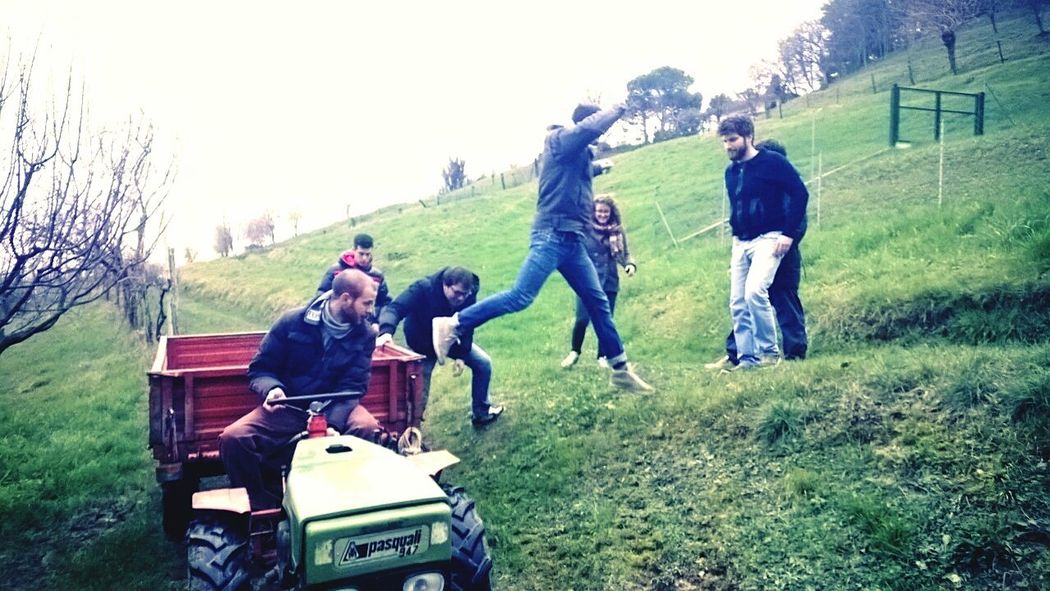 Jumping Bbqtime Hillstime Playing Beautifulmoments Friends