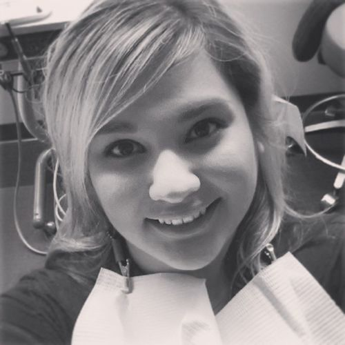 Earlier today at the dentist. Dr. says my teeth look excellent. :D Dentist PearlyWhites Drjeffereyboothe Clean nocavaties