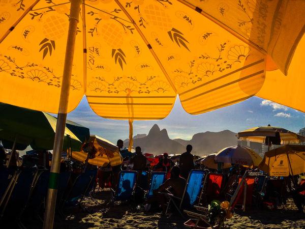Nature Paint The Town Yellow Rio De Janeiro Rio De Janeiro Eyeem Fotos Collection⛵ Beach Nikkon Umbrella Vacation Yellow Connected By Travel An Eye For Travel Summer Exploratorium This Is Latin America The Traveler - 2018 EyeEm Awards