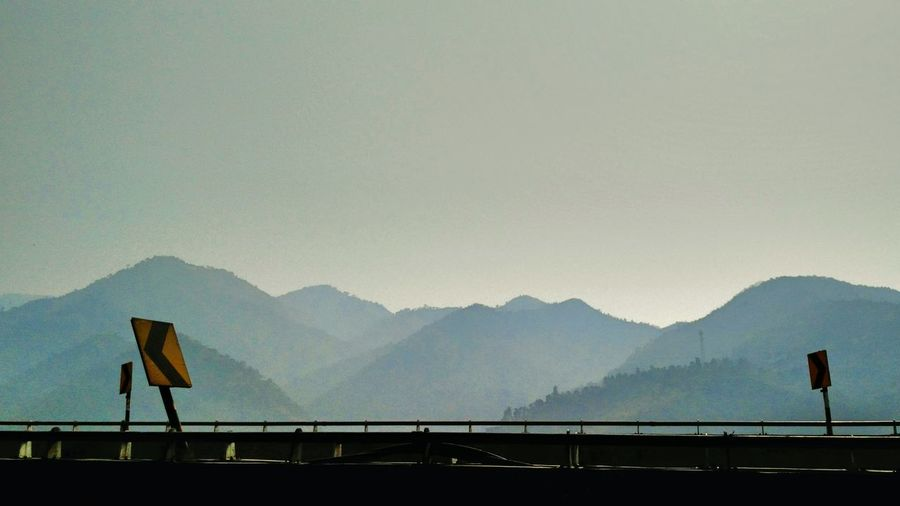 Mountain Silhouette Mountain Range Sky Nature Worldwide_shot Colors Beauty In Nature Indianphotographer Photosfromindia EyeEmNewHere EyeEm Vision Mobilephoto Indiapictures Lenovovibeshot Abstract Photography The Great Outdoors - 2017 EyeEm Awards Silhouette Himachal Pradesh, India Roadsigns The Week On EyeEm Been There.