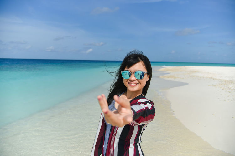Beautiful Beautiful Girl Blue Sea Freedom Maldives Nature Portrait Of A Woman Woman Face Beach Beautiful Woman Blue Sky Girl Girl Portrait Ocean People Portrait Potrait Sand Bank Sandbank Sandbanks Beach Sea Sky Smile Water Woman Portrait