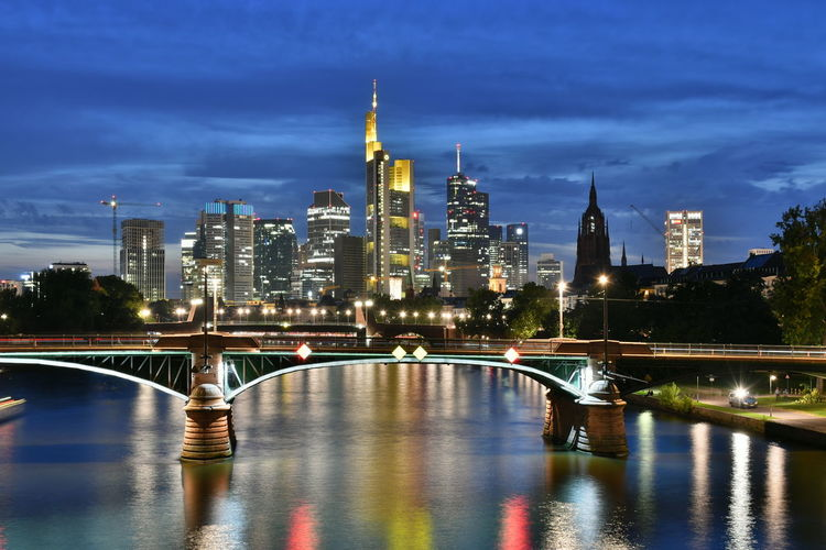 Bridges Frankfurt Frankfurt Am Main River View Riverside Skyscrapers Skyscrapers In The Clouds Architecture Bridge Bridge - Man Made Structure Building Exterior Built Structure Bulb City Illuminated Illumination Langzeitbelichtung Night No People Outdoors River Sky Skyscraper Travel Destinations Water