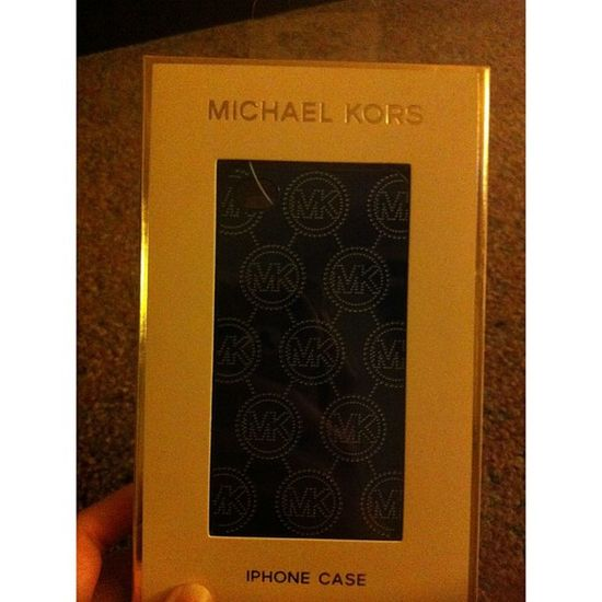 My mommy bought me MK case instead of a watch lol but I love it!❤ Michaelkors Macy IPhone Case blue