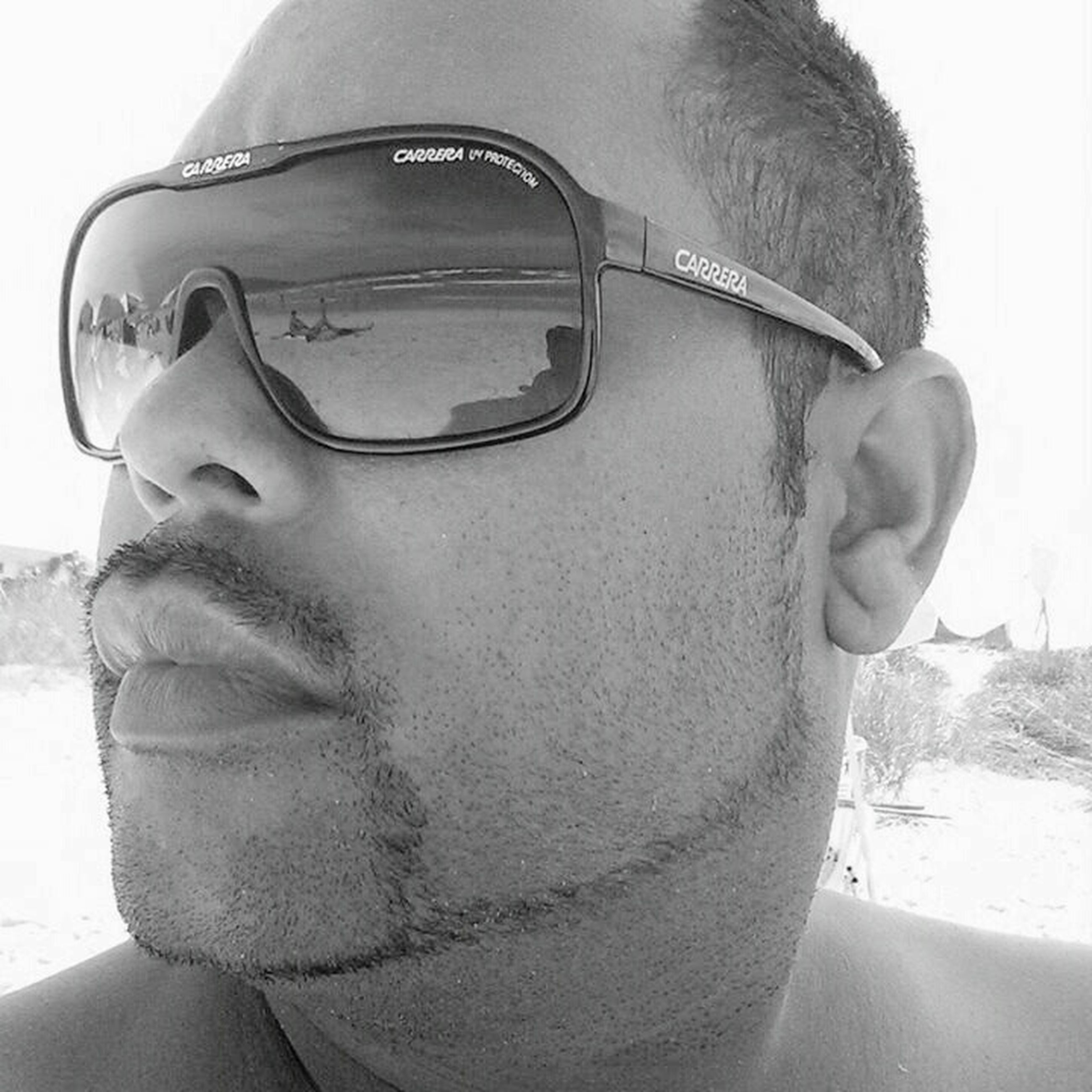 headshot, sunglasses, lifestyles, young men, leisure activity, person, young adult, front view, close-up, mid adult men, looking at camera, portrait, car, mid adult, focus on foreground, head and shoulders, day, winter