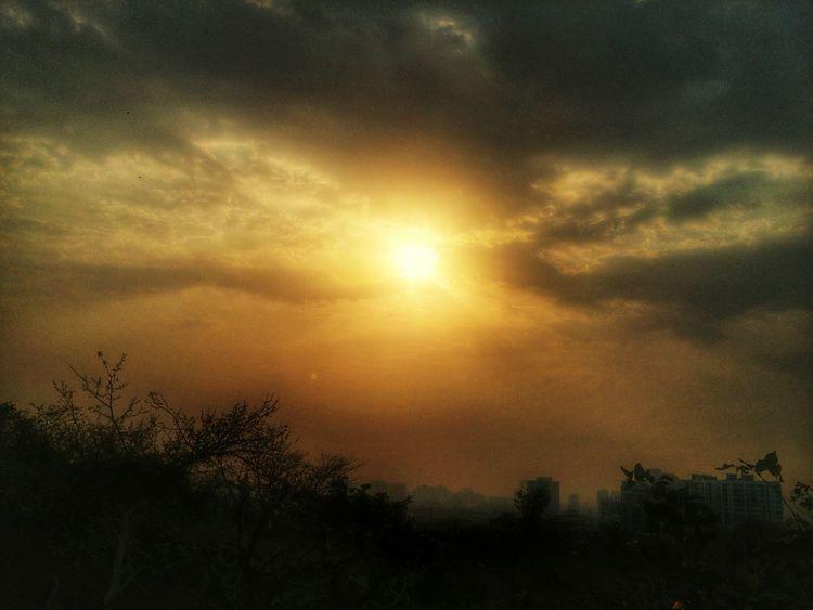 Daybreak Embrace EyeEm Nature Lover 43 Golden Moments Natural Light Portrait Kundan Clicks