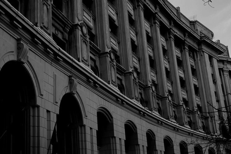 Building Exterior Architecture Built Structure Window Low Angle View City Bucharest Romania Architecture Black & White Blackandwhite Black And White Blackandwhite Photography Black And White Photography No People
