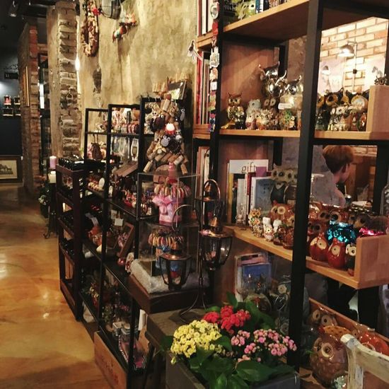 Store Retail  Business Finance And Industry Indoors  Choice Consumerism Small Business For Sale Variation Large Group Of Objects Day Business Jewelry Store Adult Perfume People Perfume Counter Korean The Photojournalist - 20I7 EyeEm Awards EyeEmNewHere Photograph