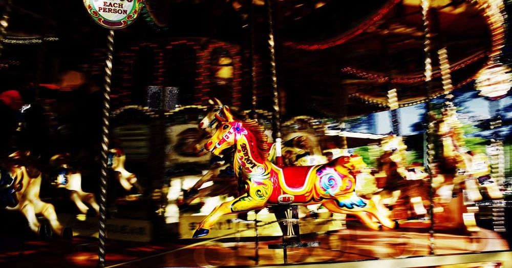 Merry Go Round. London Photoofday Light And Shadow Photooftheday Eye4photography  Canonphotography Canon700dphoto Canon700D Canon London Londonstreet Merrygoround Red Redhorse