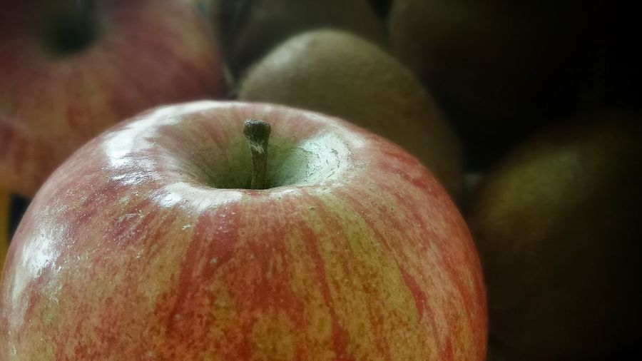 Lightfall Fruitporn Apple Macro_collection taken with my Samsung S4 phone