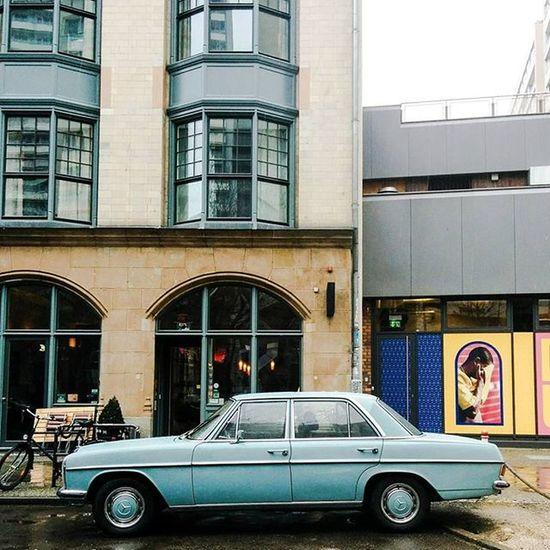 Blue 🔵 Berlin Sundaycarpic Asundaycarpic Mercedes Benz Mb200 Mercedes200 Mbclassic RetroLove Vintage Vintagecar Classiccar Chameleoncar Facadelovers Architecture Architectureporn Architecturelovers Mobilephotography Visitberlin Visit_berlin Vscourban Vscocam Vscogood Vscoeurope Igersberlin berlineransichten berlinlove ig_berlin ig_berlincity lightandshadow