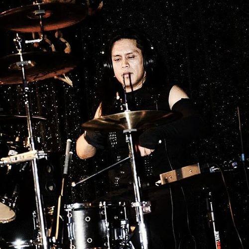 Kyle @beatmachine Instadrummer Drummersofinstagram Tamadrums Zildjian zildjiancymbols metalguys metaldrummer livedrummer drummersdrumming drumgram drummerslife drummer metaldrums meatalheads instametalheads gothicmetal symphonicmetal metalheadsofinstagram