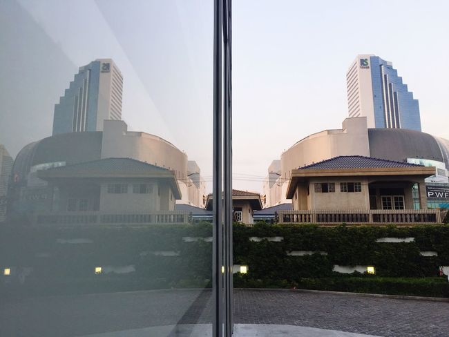 Reflextion wall Architecture Building Exterior Built Structure City Modern No People Outdoors Day Horizon Line Sky Skyscraper Modern Outdoor Clear Sky